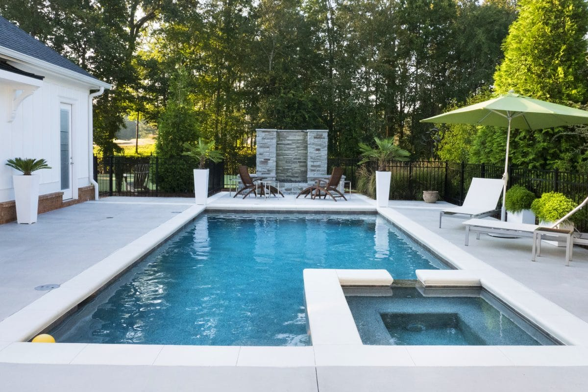 The benefits of concrete pools with redimix concrete delivery