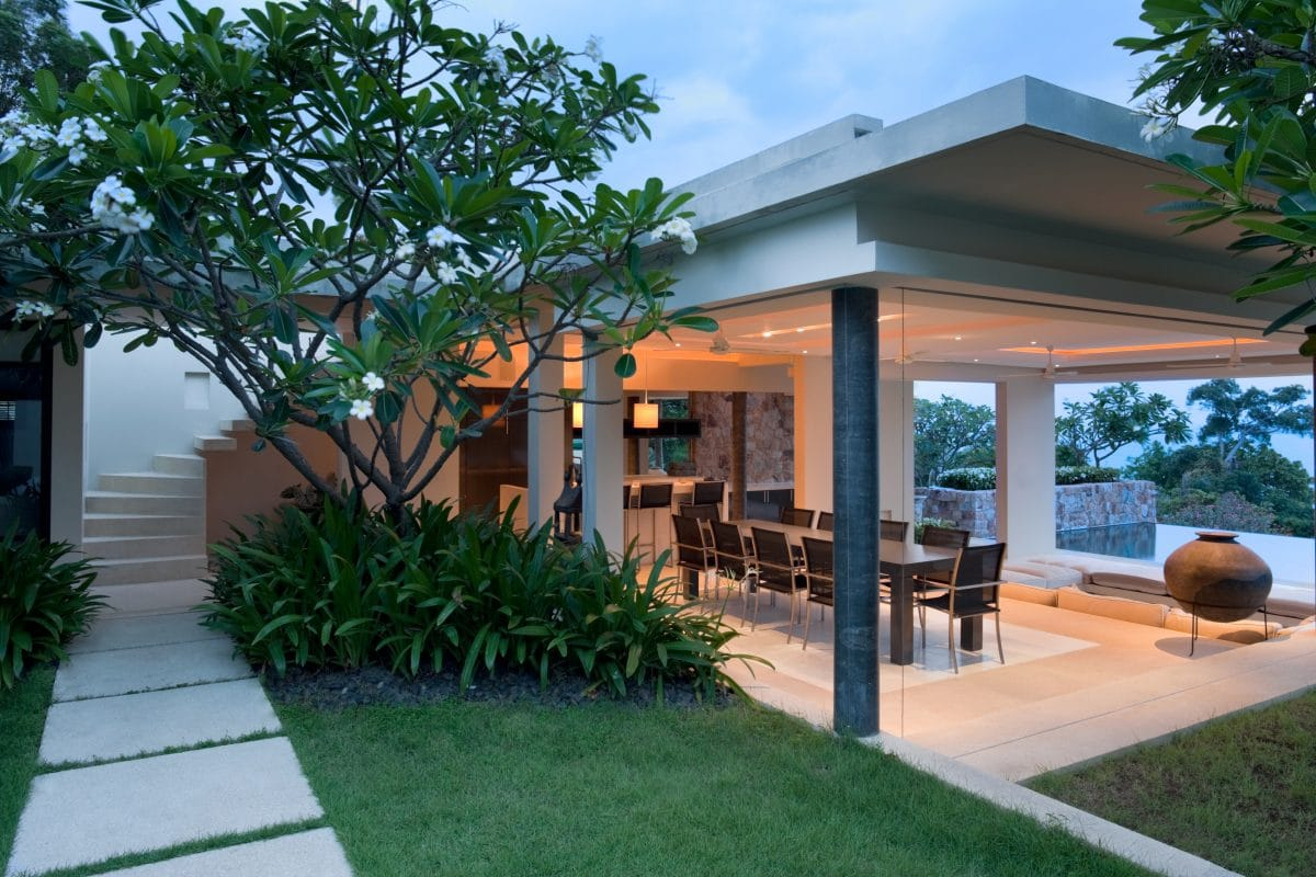 How to dress up your concrete patio